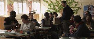 La mia classe: Valerio Mastandrea nei panni del professore in una scena del film