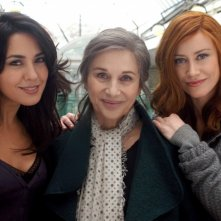 Le tre rose di Eva 2: Karin Proia, Paola Pitagora e Giorgia Wurth in una scena della fiction