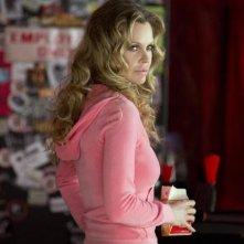 True Blood: Kristin Bauer nell'episodio Contrattacco