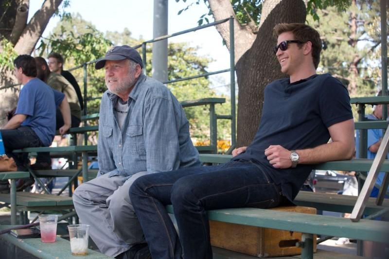 Liam Hemsworth Con Richard Dreyfuss Ne Il Potere Dei Soldi 282334
