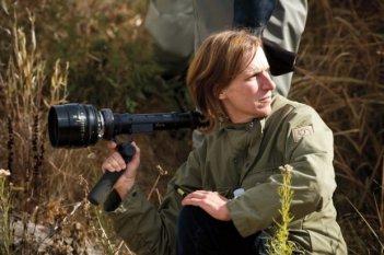 Night Moves: la regista Kelly Reichardt sul set