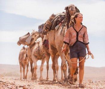 Tracks: Mia Wasikowska nella prima immagine del film