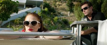 The Canyons: Lindsay Lohan insieme a James Deen in una scena del film