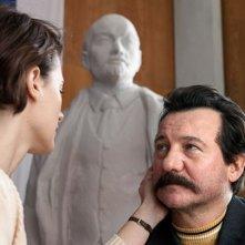 Walesa. Man of Hope: Agnieszka Grochowska e Robert Więckiewicz in una scena del film