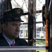 L'Intrepido: Antonio Albanese, protagonista del film, in una scena