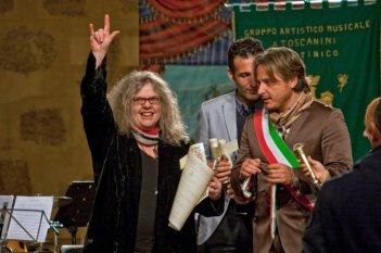 Summer '82 when Zappa came to Sicily: la moglie di Frank Zappa, Gail, in una scena