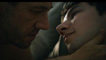 Eastern Boys: Kirill Emelyanov insieme a Olivier Rabourdin in una scena
