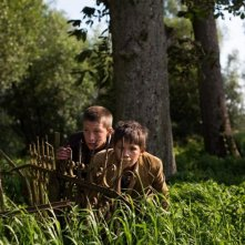 Wolfskinder: Levin Liam e Patrick Lorenczat in una scena