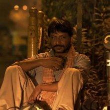 Siddhart: il protagonista Rajesh Tailang in una scena nei panni di Mahendra