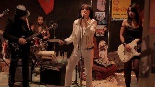 Traitors: Chaimae Ben Acha in una scena