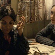 Las analfabetas: Paulina Garcia in una scena con Valentina Muhr
