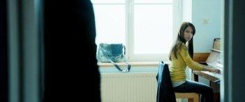 Nemico di classe: una scena del dramma ambientato tra i banchi di scuola