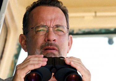 Captain Phillips: Tom Hanks scruta l'orizzonte nella prima immagine del film