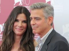 George Clooney e Sandra Bullock nello spazio: Gravity apre Venezia 70