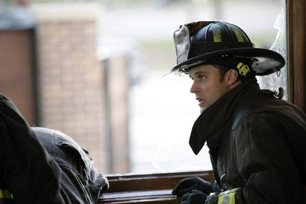 Chicago Fire: Jesse Spencer nell'episodio Under the Knife