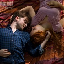 Daniel Radcliffe e Juno Temple in un'immagine di Horns pubblicata da Entertainment Weekly