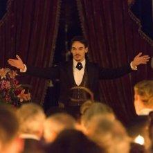 Dracula: Jonathan Rhys Meyers in una scena della serie