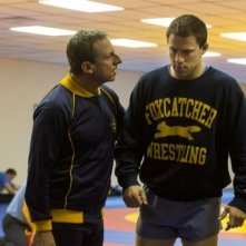 Foxcatcher: Steve Carell e Channing Tatum in una scena del film