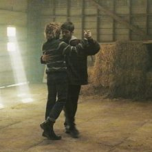Tom At The Farm: Xavier Dolan e Pierre-Yves Cardinal in una scena del film