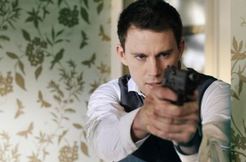Channing Tatum in azione in un'immagine di Sotto Assedio - White House Down