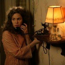 Giovani Ribelli - Kill Your Darlings: un primo piano di Jennifer Jason Leigh