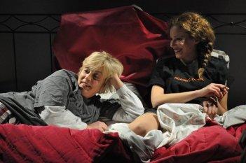 Sarebbe stato facile: Katia Beni e Beatrice Maestrini in una scena