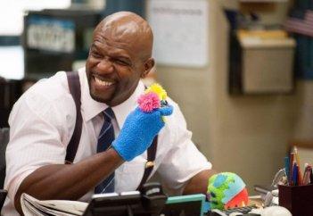 Brooklyn Nine-Nine: Terry Crews in una scena della serie