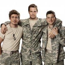 Enlisted: Geoff Stults, Chris Lowell e Parker Young in una foto promozionale della serie