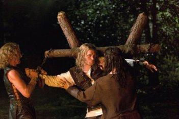 The Originals: Sebastian Roché, Daniel Gillies e Joseph Morgan nel pilot della serie