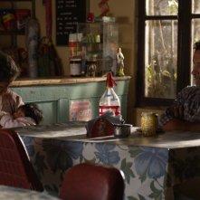 Las acacias: Germán de Silva con Hebe Duarte e Nayra Calle Mamani in una scena del film