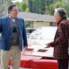 The Goldbergs: George Segal e Jeff Garlin in una scena della serie