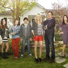 Trophy Wife: una foto promozionale del cast della serie