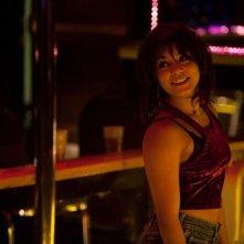 Vanessa Hudgens in una scena del thriller Il cacciatore di donne