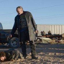 Breaking Bad: Michael Bowen e Louis Ferreira nell'episodio Buried