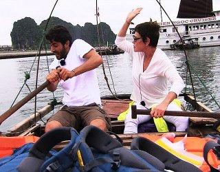 Pechino Express 2 - Corinne Clery si accanisce sul fidanzato Angelo Costabile