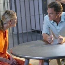 Dexter: Michael C. Hall ed Yvonne Strahovski nell'episodio L'inizio della fine
