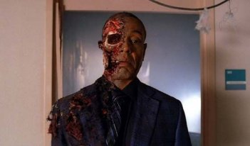 Breaking Bad: Giancarlo Esposito nell'episodio Fine della storia della quarta stagione