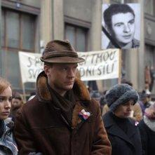 Burning Bush: una foto di scena della miniserie targata HBO Europe