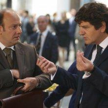 Aspirante vedovo: Fabio De Luigi con Ale di 'Ale e Franz' in una scena del film
