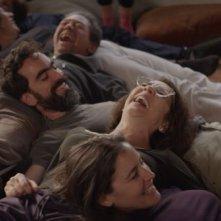 Gloria: la protagonista Paulina García in una scena di gruppo del film