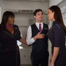 L'amore in valigia: Adam Brody insieme a Jill Scott e Paula Patton in una scena del film
