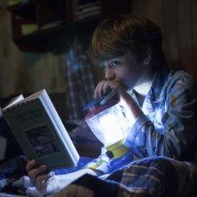 Oltre i confini del male - Insidious 2: il piccolo Ty Simpkins in una scena dell'horror