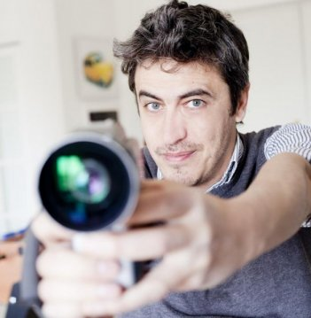 Pierfrancesco 'Pif' Diliberto è il conduttore de Il testimone, su MTV