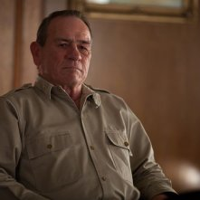 Tommy Lee Jones in un'immagine tratta dal film Emperor
