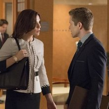Julianna Margulies e Matt Czuchry nell'episodio Everything Is Ending della quinta stagione di The Good Wife