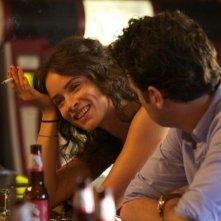 Rectify: Abigail Spencer in una scena insieme a Luke Kirby