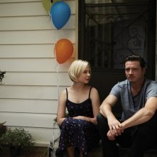 Rectify: Adelaide Clemens con Aden Young in una scena