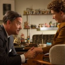 Saving Mr. Banks: Tom Hanks impegnato a convincere l'irremovibile Emma Thompson
