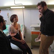 Stai lontana da me: Ambra Angiolini con il regista Alessio Maria Federici ed Enrico Brignano sul set