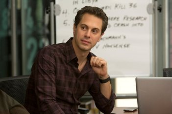 The Newsroom: Thomas Sadoski nei panni di Don Keefer in una scena